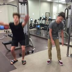 Working out with regular people VS. With your best friend w/ Cameron Dallas