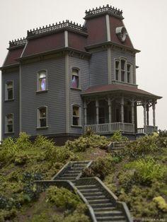 Psycho House, Polar Lights on Behance
