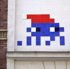 Space Invader - Paris, France - unurth   street art