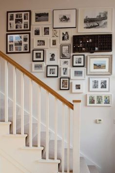 Awesome Cottage Plans in Classic and Natural Look : Family Memory Wall Pictures Near Staircase Cottage Interior Memory Wall, Stair Gallery, Gallery Wall, Stair Photo Walls, 1930s House, Cottage Plan, Round House, Cottage Interiors, Home And Deco
