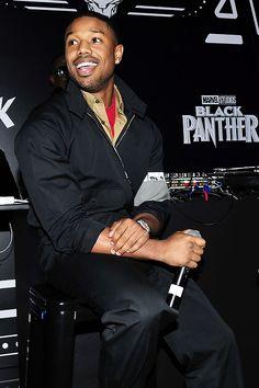 Michael B Jordan Shirtless, Michael Bakari Jordan, Jordan 3, Erik Killmonger, Black Panther 2018, My Boo, Fine Men, American Actors, Relationship Goals