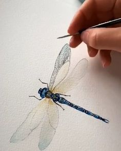 Bee Creative Watercolors Are Often Associated With Broad Undetailed Strokes Of Color This Bee Proves That Watercolor Paint Is Great For The Little Details Too Artist Credit Wolfandbear Journey Co Watercolour Tutorials, Watercolor Techniques, Art Techniques, Dragonfly Painting, Dragonfly Art, Dragonfly Drawing, Watercolour Painting, Painting & Drawing, Watercolors