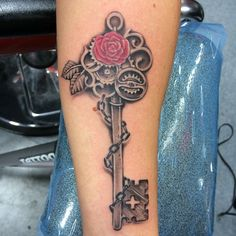 """#key #keytattoo #tattoo #tatcave #tatcavechicago #rosetattoo #besttattoos  #blackandgrey #bestofchicago #chicagosbest #inkmaster #ink #kiddjoe #chitown…"""