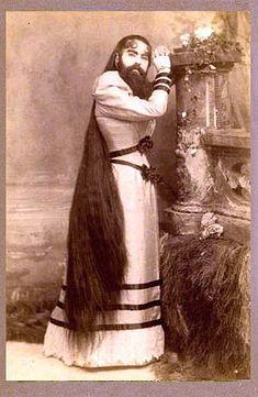 Анна (или Энни) Джонс (1865-1902) родилась коренной американкой, в штате Вирджиния, и уже в младенческом возрасте поступила на «работу» в знаменитый цирк знаменитого жулика Барнума. За это родители Анны получали от шоумена 150 долларов в неделю.
