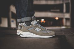 The JP colourway is easily our favourite ever colourway on a New Balance model, and the 990v2 is easily one of our favourite ever New Balance models, so when you combine the two, we get pretty damn…