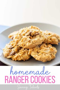 You have to try this delicious dessert recipe for original homemade ranger cookies with corn flakes and oatmeal! You can switch out the corn flakes with rice krispies if you want a different texture. This easy, original recipe for ranger cookies is perfect to serve your family or take to a pot luck. Delicious Cookie Recipes, Yummy Treats, Sweet Treats, Snack Recipes, Dessert Recipes, Snacks, Ranger Cookie Recipe, Ranger Cookies, Sugar Cookies Recipe