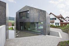 © Vito Stallone Architects: L3P Architekten Location: Oberweningen ZH, Switzerland Project Manager: Boris Egli dipl. Architekt FH REG A SIA , Martin
