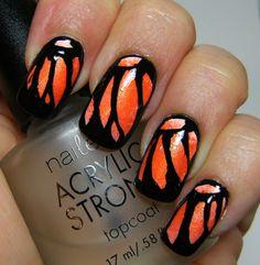 Deez Nailz: Orange butterfly & technical difficulties