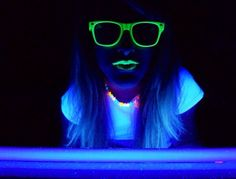 How To Make A Black light On Your iPhone #Beauty #Trusper #Tip