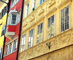 Three colors of windows - Bolzano (Italy)