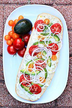 Open-faced Avocado Sandwich | 4 Servings, 561 Calories, 1113 mg Potassium, 32% Iron, 20% Calcium