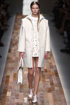 Valentino Fall 2013 Ready-to-Wear Fashion Show - Anna Ewers (MARILYN)