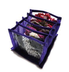 Organizador de meias e calcinhas, tamanho pequeno com 4 divisórias, feito de tnt roxo e divisórias de plástico. Perfeito para colocar suas calcinhas e meias na gaveta, deixando-as separadinhas e organizadas! Super prático! *confira as medidas! R$ 14,90