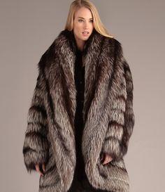 Fur Jackets Make Your Winter Elegantly Warm fur jackets - tailor shop - alterations hamburg, ny ngdynmh Polar Bear Fur, Fur Skirt, Fur Coat Fashion, Fabulous Furs, Fox Fur Coat, Warm Outfits, Fashion Today, The Ordinary, My Style