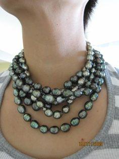 Layers of Tahitian pearls