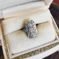 #Art #Deco #Diamond #Plaque #Ring #Jewelry #The #Antiques #Room #Galway #Ireland #engagementring #diamondsareagirlsbestfriend #ireland #galway2020 #woodquay €3,495 Art Deco Diamond, Vintage Diamond, Art Deco Jewelry, Vintage Jewelry, Galway Ireland, Selling Art, Art Deco Design, Geometric Designs, Art Deco Fashion