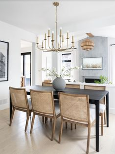 Dining Room Design, Dining Area, Dining Chairs, Dining Table, Living Vintage, Dining Room Inspiration, Small Furniture, House Design, Interior Design