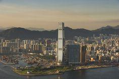 International Commerce Centre, Hong Kong: 484 metri