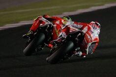 Test MotoGP 2015 Qatar, prima giornata: volano le Ducati, Valentino Rossi 8° [FOTO] | Derapate
