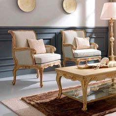 3681 Lounge Chair, Traditional Living Room Design at Cassoni