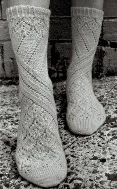 Knitting Patterns Socks pretty socks … don't know who designed these but thanks to Cat Bordhi for releasing sock knitt… Lace Socks, Crochet Socks, Knitting Socks, Hand Knitting, Knit Crochet, Knit Socks, Comfy Socks, Yellow Socks, Patterned Socks
