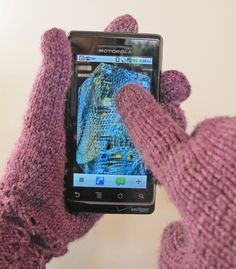 Techno Gloves - knit with conductive thread in the fingertip so you can use your smartphone in the cold weather!