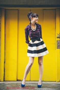 My daughter would so rock this look! - stripes and bows - circle skirt:)