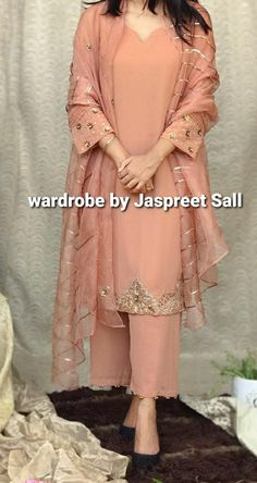 Embroidery Suits Punjabi, Embroidery Suits Design, Embroidery Fashion, Hand Embroidery, Embroidery Designs, Fashion Details, Women's Fashion, Boutique Suits, Designer Punjabi Suits