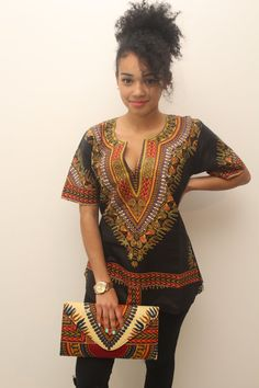 Black dashiki top We advise you to choose a size above your usual size because the wax n is not a spandex material. We recommend you to choose a