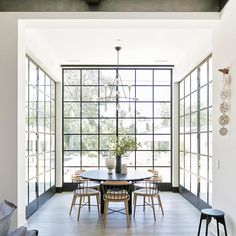 Home interior Design Videos Living Room Hanging Plants Link – Right here are the best pins around Coastal Home interior! Custom Home Builders, House Design, House, Interior, Home, Dining Room Design, Floor To Ceiling Windows, House Interior, Interior Design