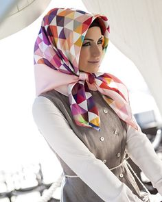 Armine Ilhaam Silk Hijab Attacher Un Foulard, Foulard, Hijabs, Mode Hijab,  Foulards 0675c5a4017