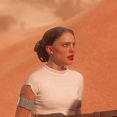 Star Wars Padme, Rey Star Wars, Star Wars Icons, Star Wars Characters, Star Wars Pictures, Star Wars Images, Disney Channel, Reina Amidala, Nathalie Portman