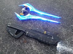 Combat Evolved with LED Energy Sword by JohnsonArms Halo Sword, Halo Armor, Modified Nerf Guns, Halo Game, Halo 5, Halo Cosplay, Energy Sword, Halloween Costumes Kids Boys, Nerf Mod