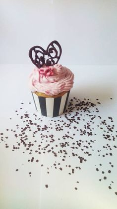 :) Container, Cupcakes, Food, Meal, Cupcake, Essen, Hoods, Cupcake Cakes, Meals