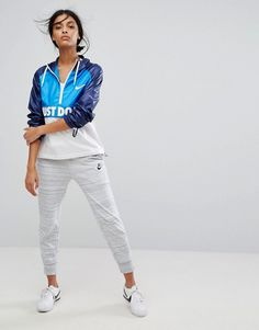 Nike Hooded Just Do It Packable Jacket at ASOS. Shop this season's must haves with multiple delivery and return options (Ts&Cs apply). Nike Running Jacket, Asos, Packable Jacket, Rain Wear, Just Do It, Sport Outfits, Must Haves, Fashion Online, Sportswear