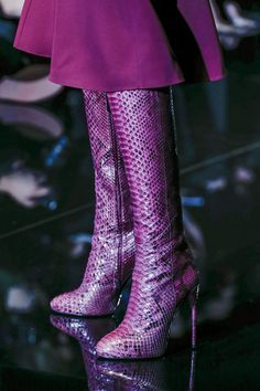Fabulous Gucci Purple Boots from the Fall 2013 RTW Collection The Purple, All Things Purple, Shades Of Purple, Purple Snake, Purple Stuff, Magenta, Bootie Boots, Shoe Boots, Shoes Heels
