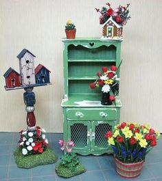 A whole website of Dollhouse Miniature Furniture Tutorials!