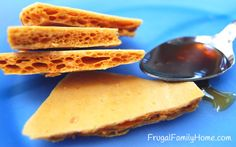 Yummy Honeycomb Candy recipe, no high frutose corn syrup needed.   #candy #recipe