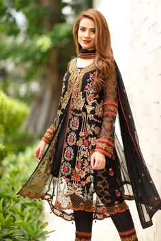 Dress to the occasion, Look elegantly stylish at the next event / / you are attending or customise the design for Mizz Noor a palace for high quality with intricate Inbox for more details Casual Indian Fashion, Indian Fashion Dresses, Pakistani Dresses Casual, Dress Indian Style, Asian Fashion, Indian Outfits, Casual Dresses, Fashion Clothes, Boho Fashion