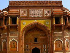 AGRA: FUERTE ROJO Agra, Taj Mahal, Barcelona Cathedral, Louvre, Building, Travel, Buildings, Viajes, Destinations