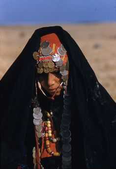 Traditional Bedouin Bridal Gown The loose, unencumbered dress of the Bedouin woman is well suited to her nomadic life for it requires little maintenance. Although black is the dominating Bedouin color, women of some of the tribes dress in blue.