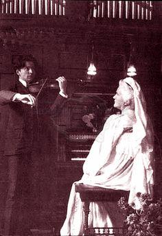 Regina Elisabeta a României și George Enescu. Romanian Royal Family, Z Photo, Blue Bloods, Vintage Photos, Famous People, Royalty, Georgia, Concert, My Love