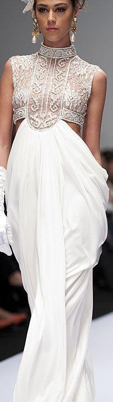 Pedro Loredo  http://evolvingfashion-hair-nails-clothing.blogspot.com  <3 <3...#fashion #gown #gowns #dress #highfashion #new2015Fashions #designerFashion #highfashiongowns #designerGowns