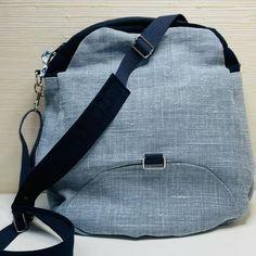 De Fils✂️ en Pages📖 sur Instagram: Voici un modèle de sac très astucieux et très pratique!!! Mon sac chouchou pour les sorties à vélo. Limbo de @patrons_sacotin est un sac à…