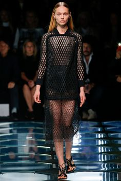 Balenciaga Spring 2015 Ready-to-Wear - Collection - Gallery - Style.com