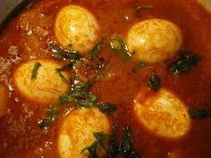Lekkere pittige Indische eieren. Wie lust er nou geen eitje? Deze Indische eieren zijn lekker pittig Echt een traktatie of zomaar een lekkere snack