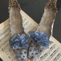 "mag.gieshep.herd on Instagram: ""@botanicaetcetera Cherry, blue and teal No.3. Source: W magazine Photographer: Neil Gavin #wmagazine #interiordesign #interior #elegant…"""