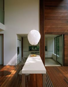 AC Iporanga / Studio Arthur Casas #gourmet #kitchen #dining