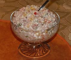 Schinkensalat nach Oma Rosa 1 Ham salad according to Grandma Rosa 1 Avocado Dessert, Avocado Salad Recipes, Ham Salad, Potluck Dishes, Potluck Recipes, Crockpot Recipes, Dessert Recipes, Recipes Dinner, Easter Recipes