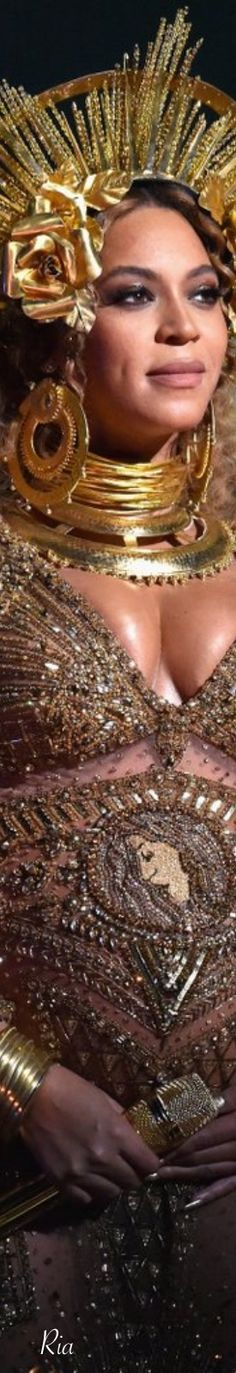 Beyoncé | 2017 Grammy Awards | Ria 💕